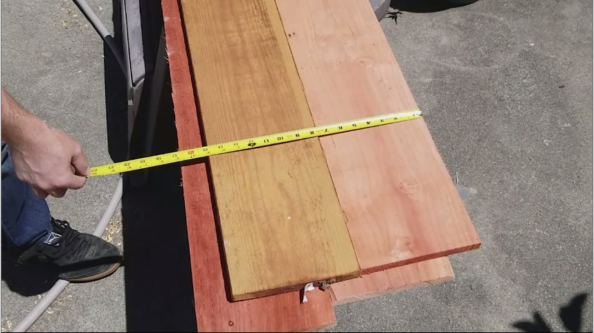 How to Build A DIY Elevated Planter Box With Plans